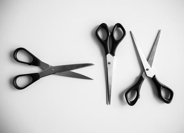 troje nůžky.jpg