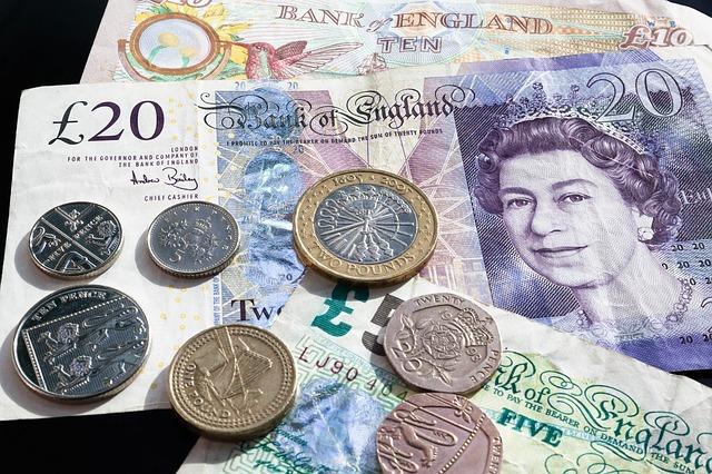 peníze Anglie.jpg